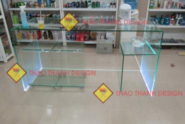 Thiết kế – thi công Nhôm kính bàn làm việc bằng kính cường lực
