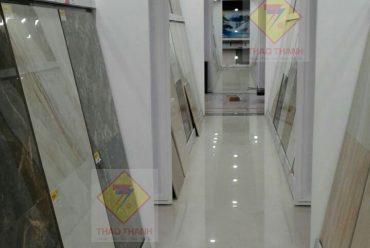 Kệ trưng bày sản phẩm gạch ốp lát thiết bị vệ sinh cao cấp