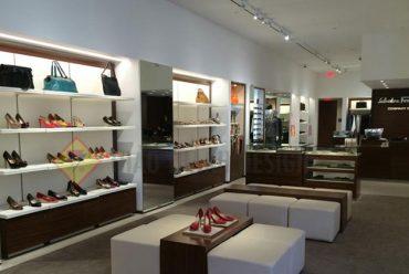 Cung cấp các loại kệ trưng bày shop thời trang chuyên nghiệp